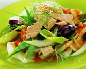 Thunfisch in bunter Eferdinger Landl-Gemüsepfanne