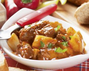 Rindfleischeintopf mit Kartoffel