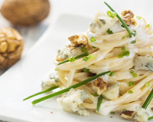 Spaghetti mit Gorgonzola Nuss Sauce