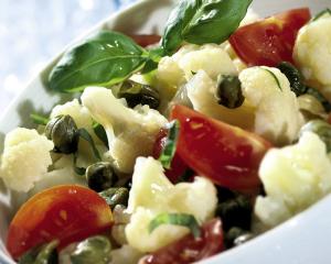 Karfiol-Salat mit Thunfisch