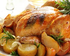 Gefülltes Sulmtaler Huhn mit Honigkruste