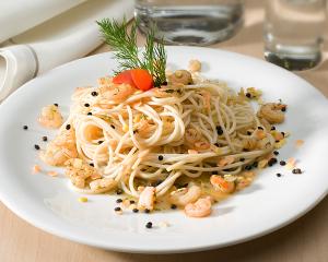 Dinkel Spaghetti mit Linsen und Krabben
