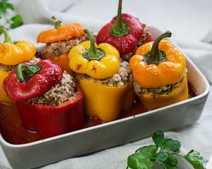 Gefüllte Paprika mit Faschiertem und Reis