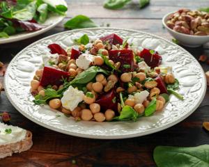Würziger Kichererbsen Salat